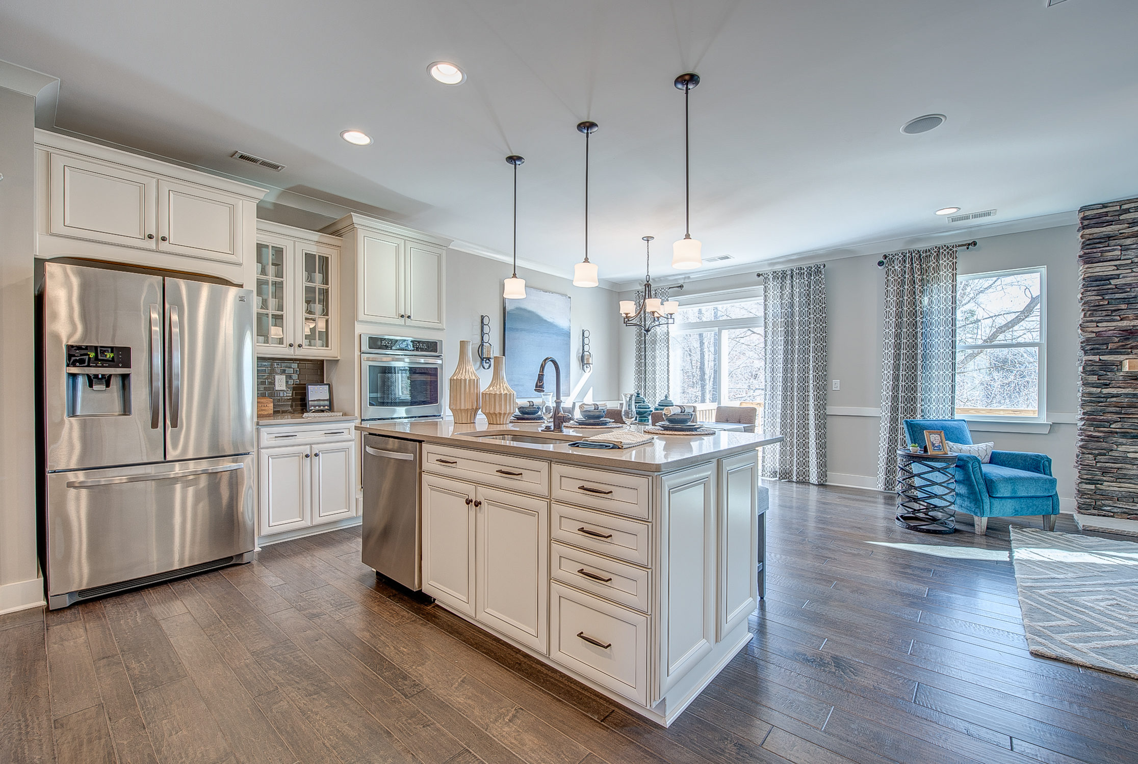 104-bushney-loop-mooresville-print-022-6-kitchen-2232x1500-300dpi_33628712131_o.jpg