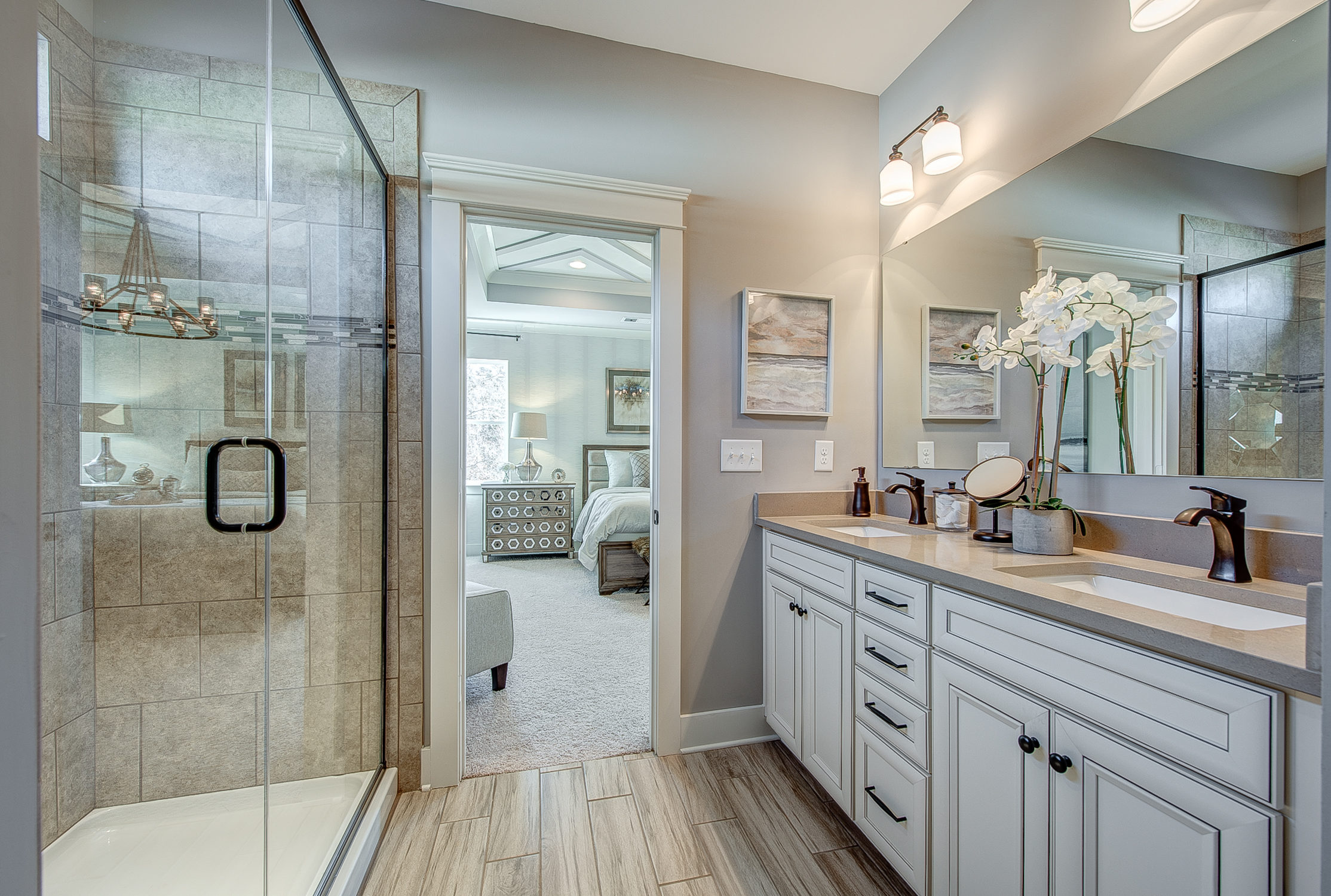 104-bushney-loop-mooresville-print-028-19-owners-bathroom-2228x1500-300dpi_33628711141_o.jpg