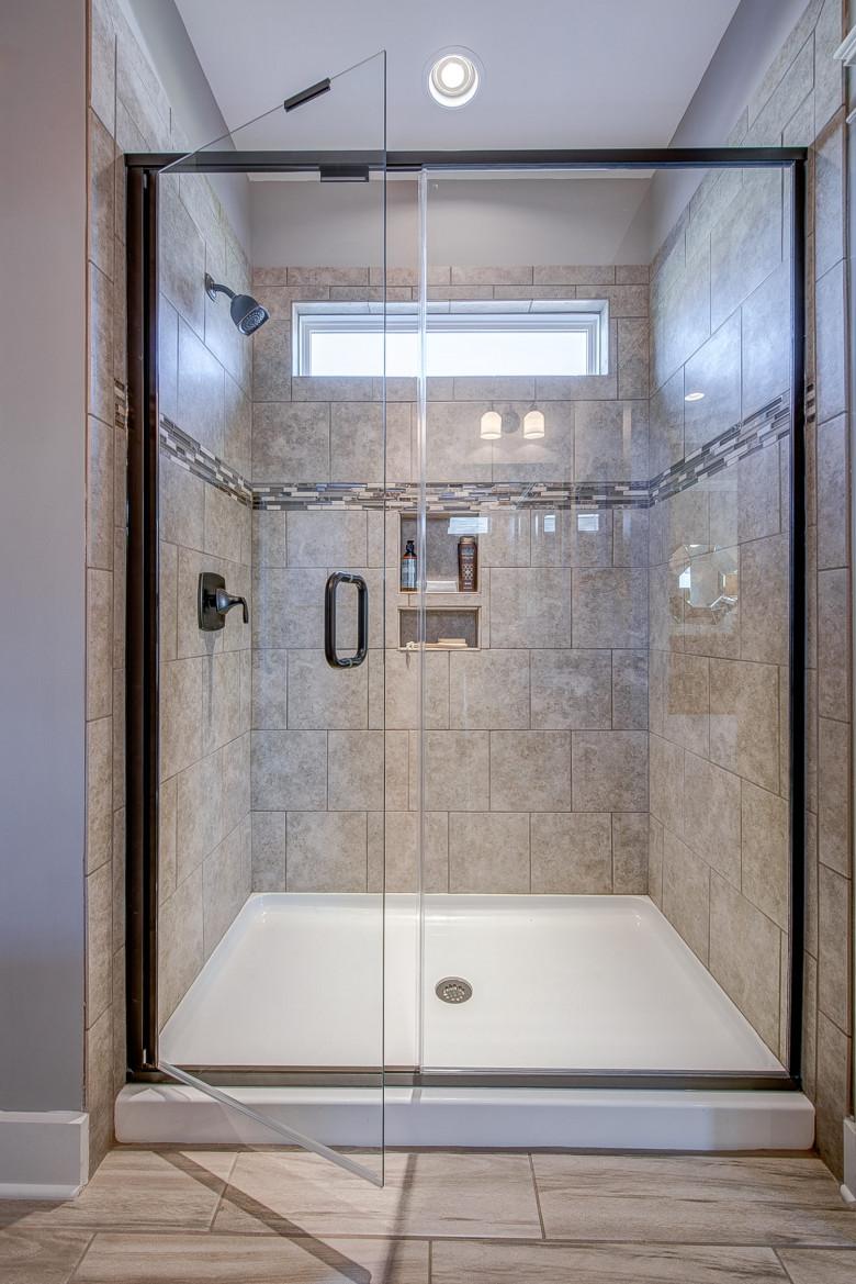 104-bushney-loop-mooresville-print-029-17-owners-bathroom-1500x2248-300dpi_33373102140_o.jpg