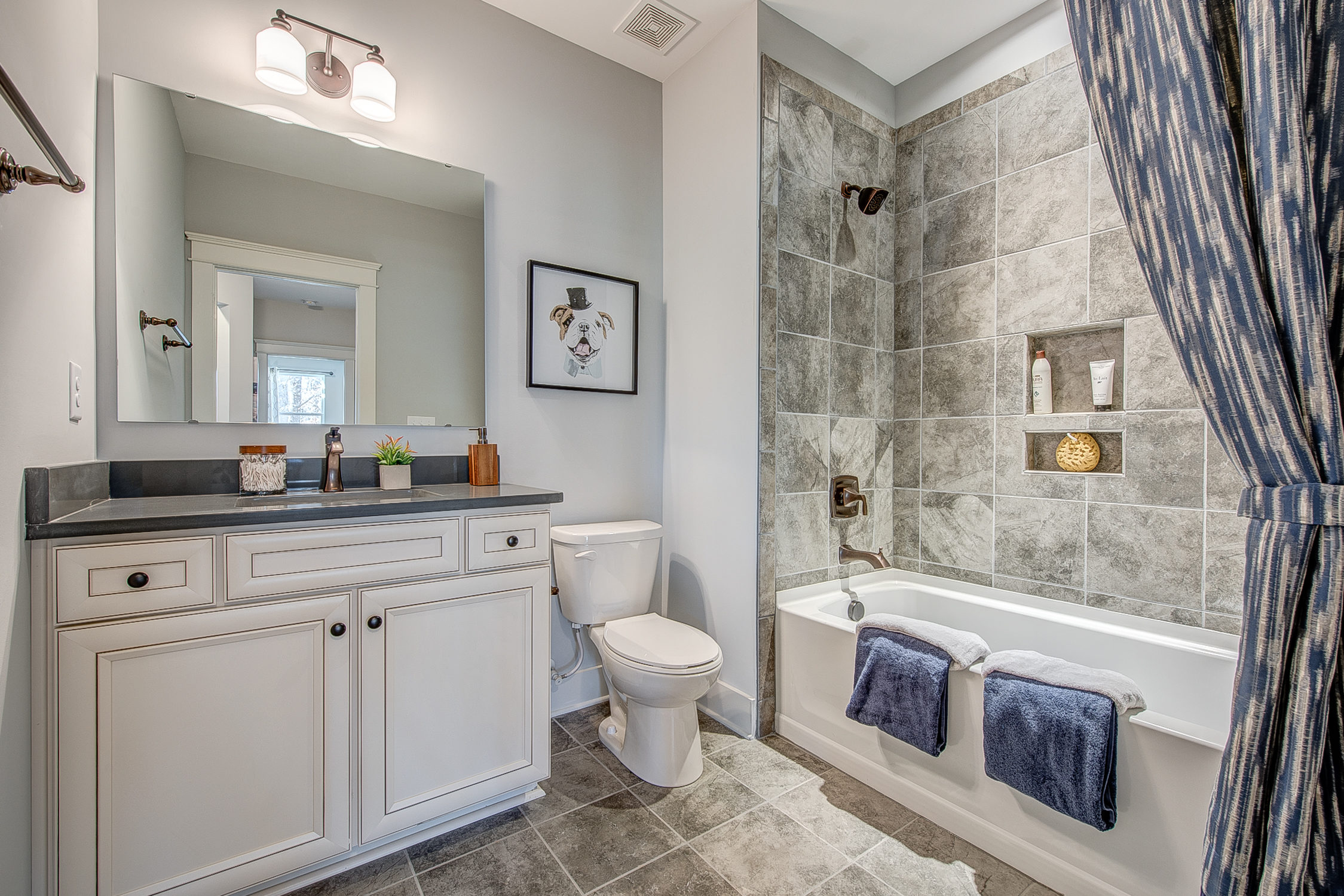 104-bushney-loop-mooresville-print-036-32-lower-level--bathroom-2249x1500-300dpi_32914681964_o.jpg