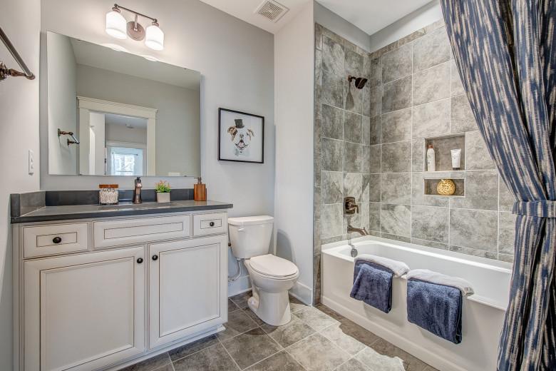 104-bushney-loop-mooresville-print-036-32-lower-level--bathroom-2249x1500-300dpi_32914681964_o.jpg