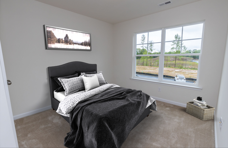 940-scott-bedroom-2-staged_50323823478_o.jpg