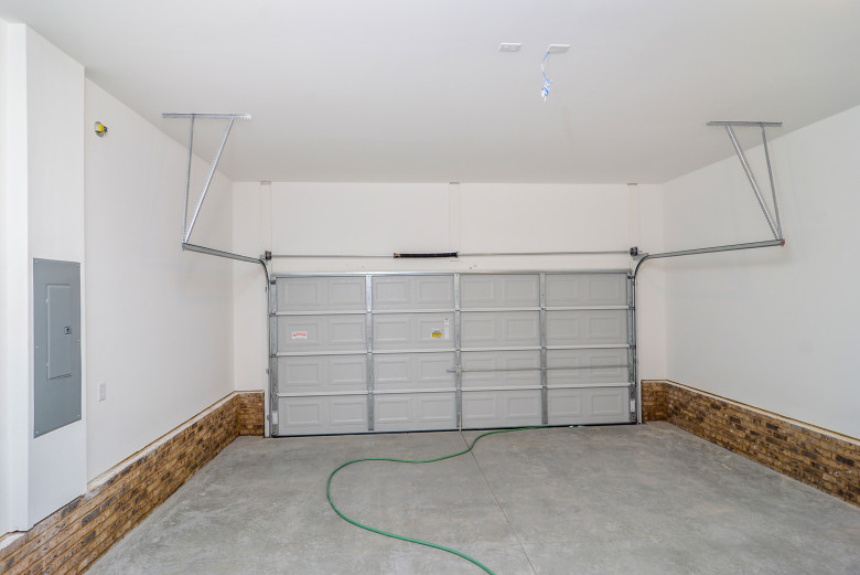 garage_4.jpg