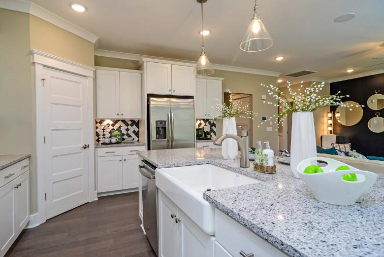 kitchen-2_48689891192_o_1.jpg