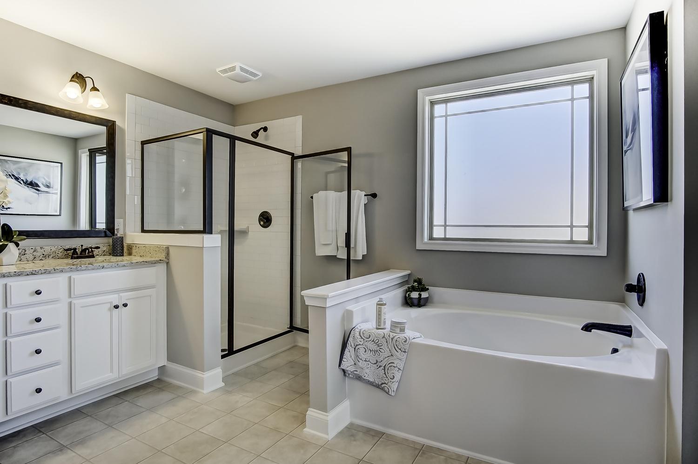 Cypress III Owner's Bathroom