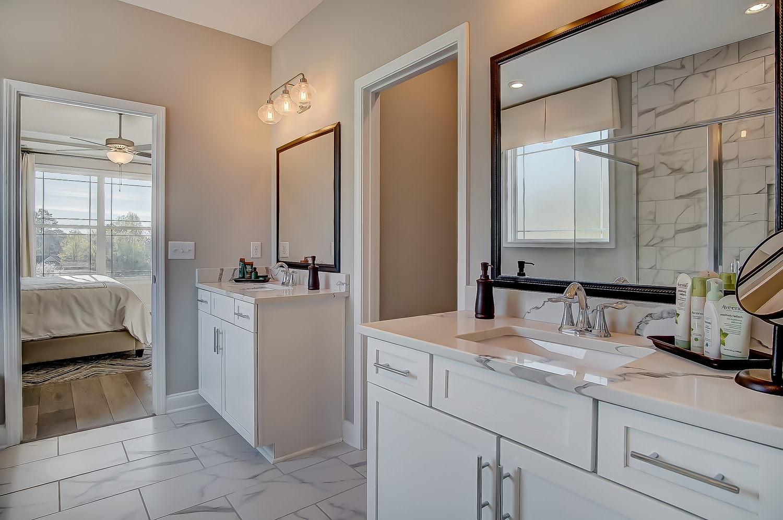 McDowell Owner's Bathroom
