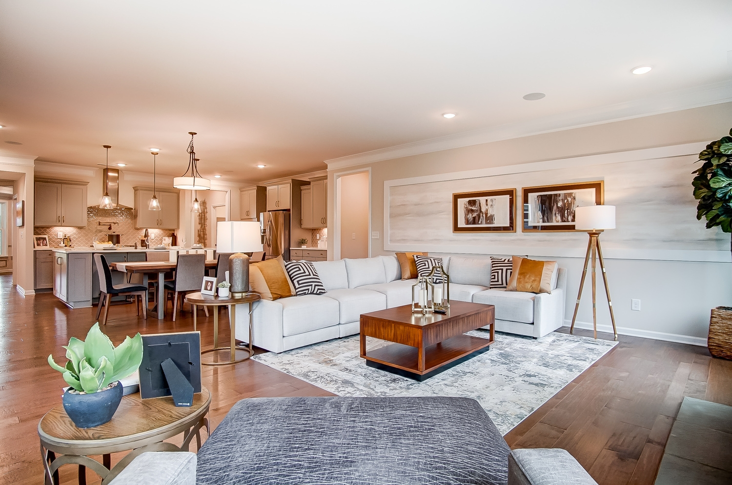 Edgefield Family Room to Kitchen