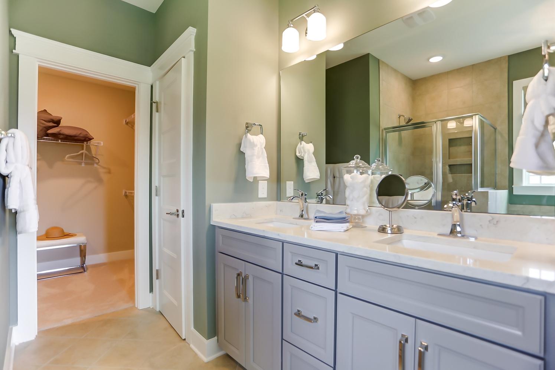 Raleigh Owner's Bathroom