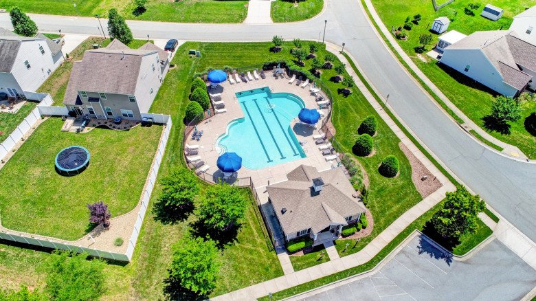 Vineyards at Lexington Aerial View of Pool