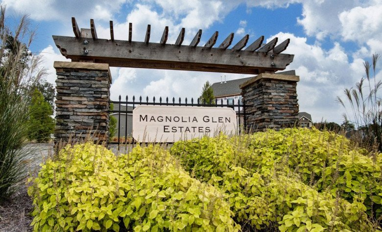 Magnolia Glen Estates Entry Monument