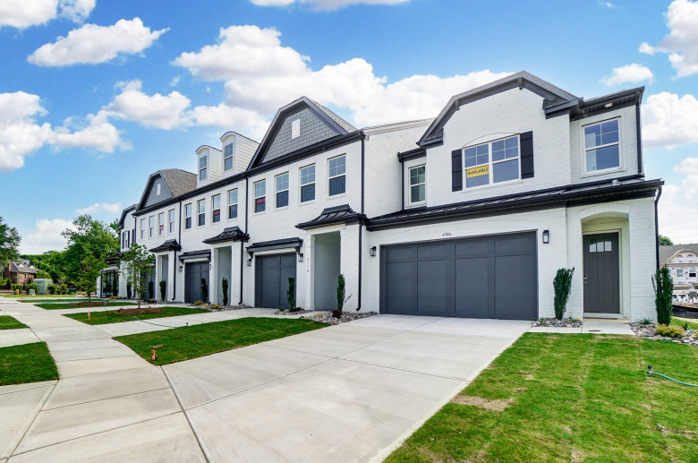 Exterior of Carmel Townhomes
