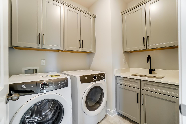 Windsor Laundry Room