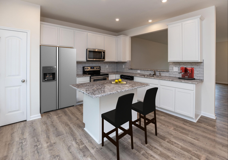 940-scott-kitchen-staged_50324491686_o.jpg