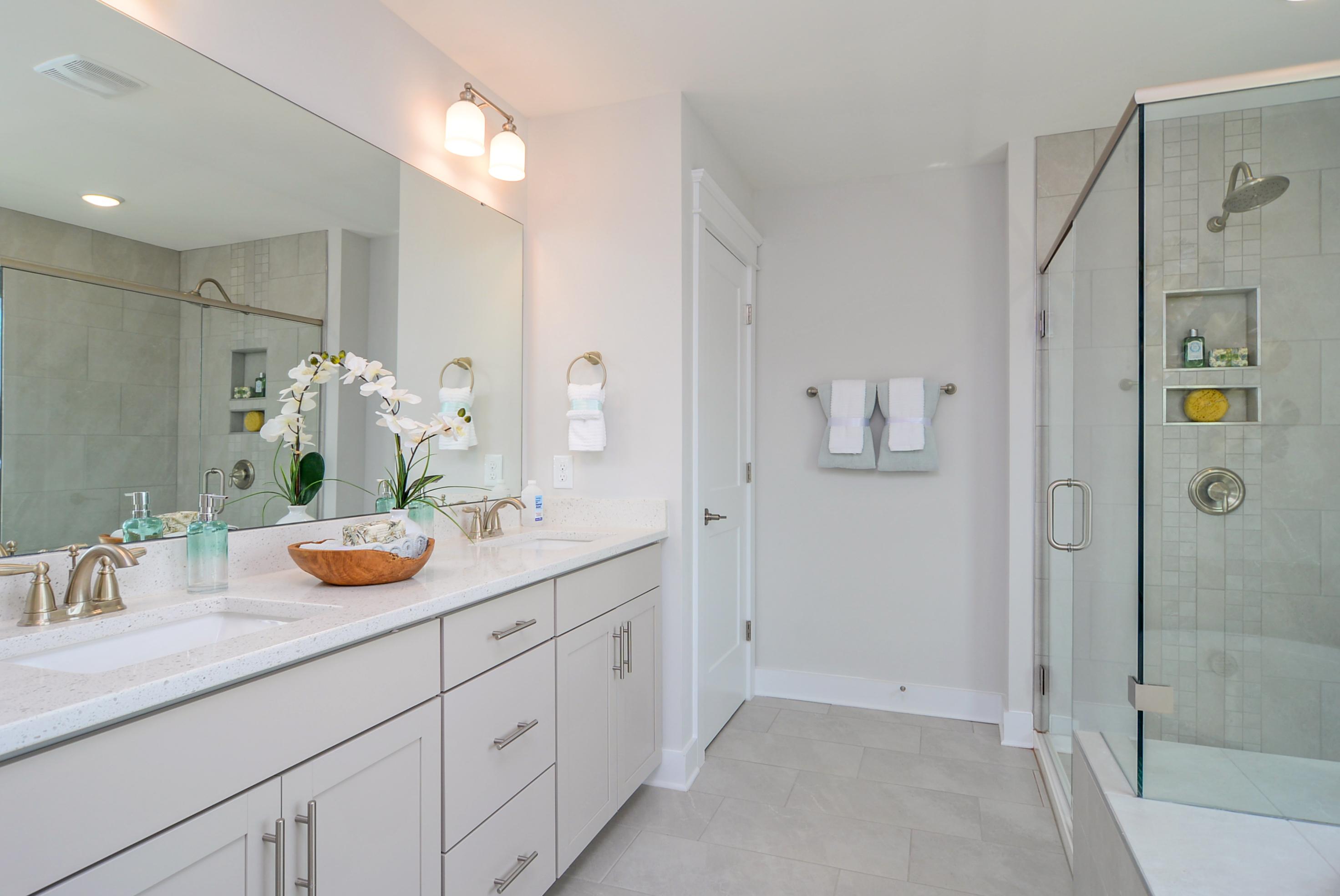 Richfield Owner's Suite Bath