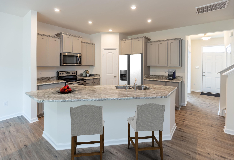 kitchen-staged_50324454851_o.jpg