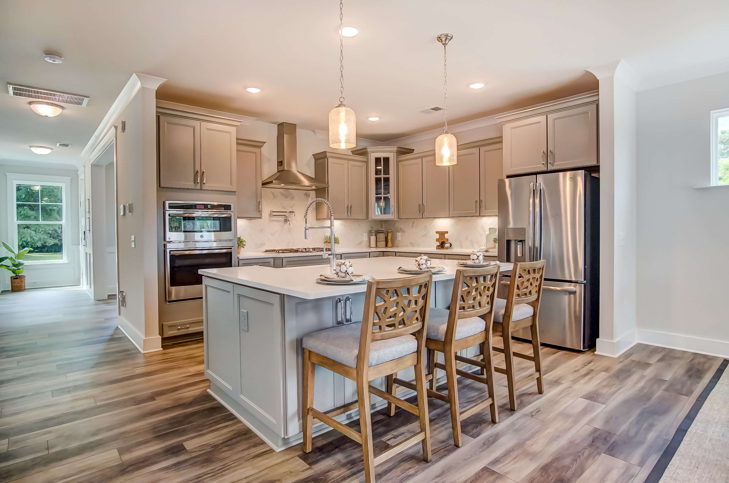 montague-laurel walk-kitchen 1.jpg