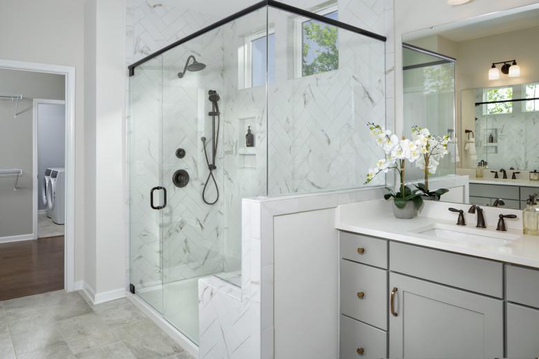 web-res-edgefield-master-bath-by-rob-harris_51146037140_o.jpg